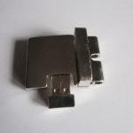 Fibbia USB Universale chiusa con CHIP A